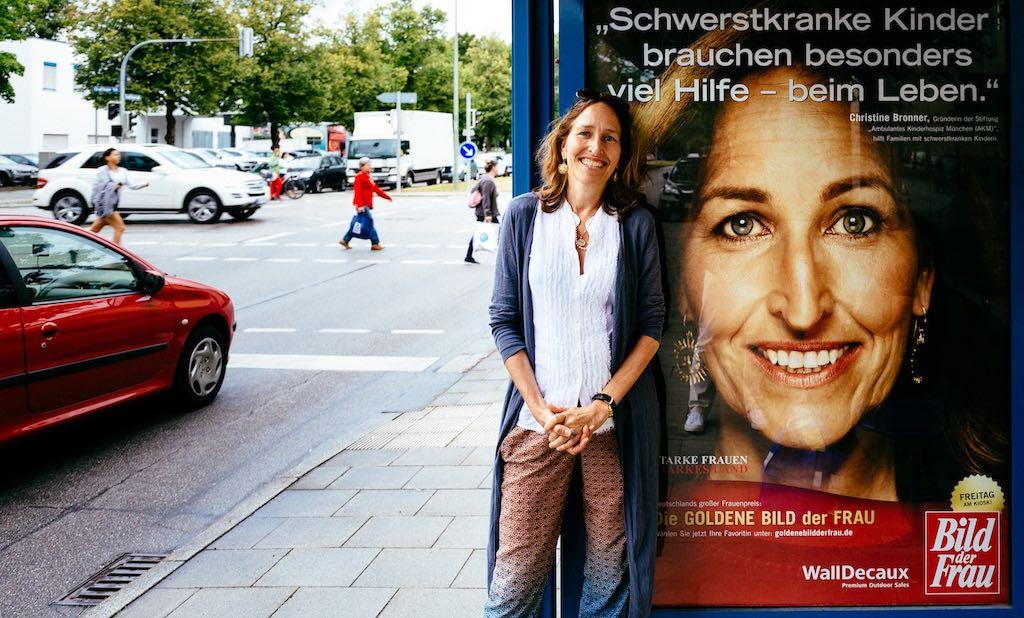 Christine-Bronner-die-goldene-Bild-der-Frau-2015-001